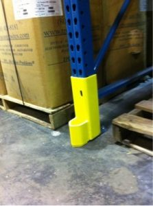 Upright guard rail
